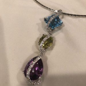 Jewelry - Price Drop❣️Diamond/Semi Precious Stone Necklace